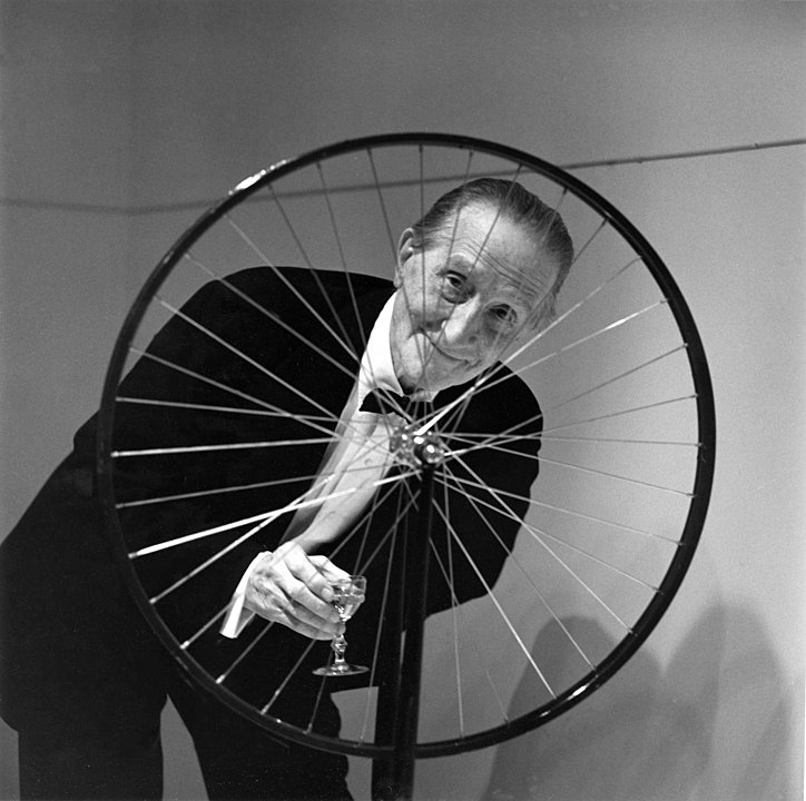 duchamp-bicycle-smiling