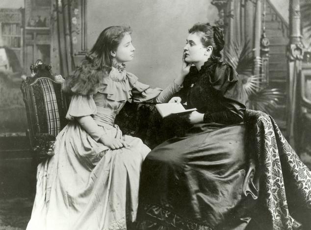 Hellen Keller y Anne Sullivan